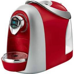 Título do anúncio: Maquina de Café Três Corações Vermelho 127V - Completa, na Caixa e cápsulas de brinde