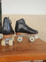 Patins 4 rodas - profissional PRETO