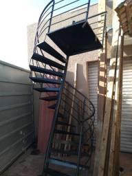 Escada Caracol Nova