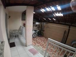 Título do anúncio: Af- Apartamento 3 quartos com uma suíte e Amplo quintal na região de Manguinhos