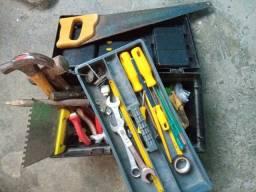 Título do anúncio: Caixa de ferramentas cm as ferramentas