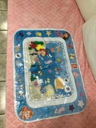 Tapete infantil inflável ou com agua