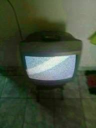 Título do anúncio: Eu Tô Vendendo A Tv De Sinal Analógico Com A Tomada Que Pega 3 Fios