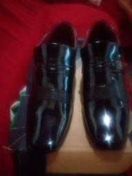 Sapato social novo na caixa N° 40.