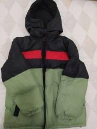 Título do anúncio: Vendo casaco juvenil / capuz, verde/preto