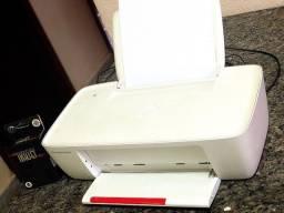 Impressora DeskJet Int Advantage 1115 -Impressão colorido e preto e branco.