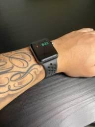 Apple watch serie 3 42mm NIKE+