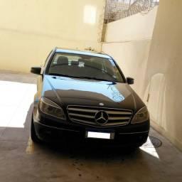 Título do anúncio: Vendo Mercedes Benz C180 CGI 2010 / 2011