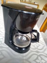 Título do anúncio: Cafeteira mondial 120v funcionando