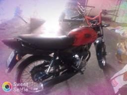 Vendo essa moto carretinha 2007 tudo ok