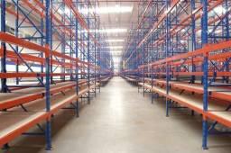 Porta pallets suporta até 2.400Kg por nivel - Vinicius