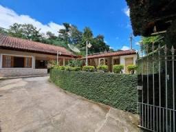 Casa com 3 dormitórios à venda, 250 m² por R$ 550.000,00 - Pentagna - Valença/RJ