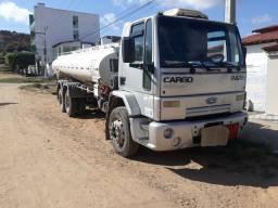 Caminhão tanque ford cargo
