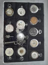 Vendo coleção de Relógios Antigos com catálogos