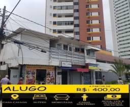Aluga-se suítes populares em Olinda-casa caiada.