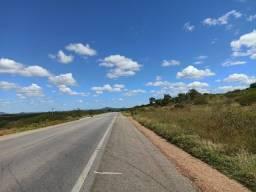 Título do anúncio: Vende-se Excelente Terreno na BR232 km 417 em Serra Talhada-PE