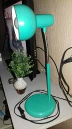 Luminária Articulável de Mesa