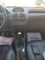 Peugeot 4 portas  só pegar e andar ! Carro em dia !! *