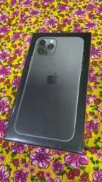 iPhone 11 Pro 64GB Lacrado 01 ano de garantia Apple