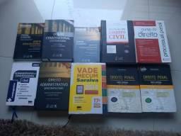 Livros de Direito vendo separado ou junto