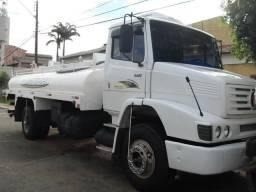 Caminhão Pipa toco - 1999