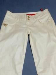 Calça jeans cor Branca Perolizada da marca Union Bay tamanho 38