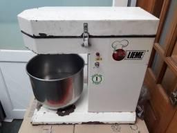 Batedeira Industrial 12L - 110V