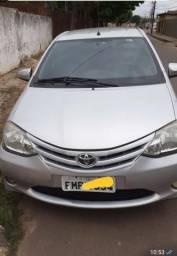 Vendo Toyota Etios - 2014