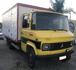 Caminhão mercedes 608 - 1985