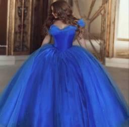 Vestido debutante azul, modelo nova cinderela