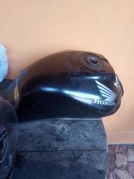 Tanque Fan 125 2010 (amassado) R$100 (negociável)