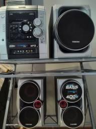 4 caixas de som, seminova, perfeito estado da Toshiba