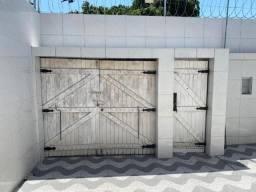 Portão de madeira