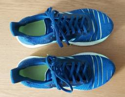Tênis adidas - número 38