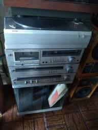 Vendo antigo aparelho de som Sharp