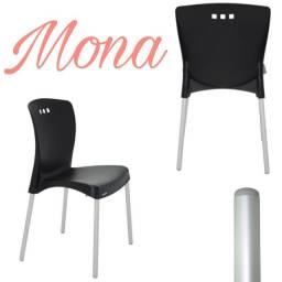 Cadeira Mona