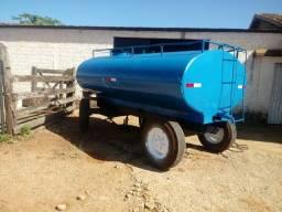 Tanque de água 4000 litros