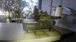 Máquina costura // Overlock