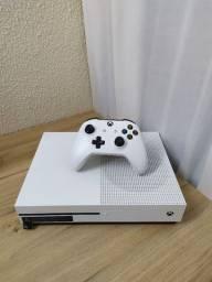 Xbox One S - Mais de 200 jogos