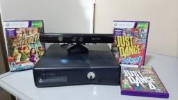 Xbox 360 usado, com Kinect, 2 Manetes e 4 jogos.