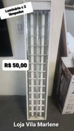 Luminária com 2 lâmpadas ( tenho 5 unidades) R$ 50,00 cada