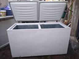 Freezer 500 lts  muito grande