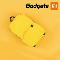Mochila Xiaomi Amarela Nova*
