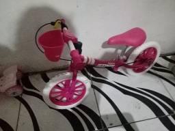 Bike infantil rosa equilíbrio