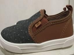 Sapato tamanho 21