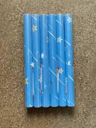 Título do anúncio: Boa tarde temos adesivo papel parede com fundo azul
