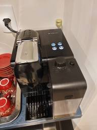 Cafeteira Expressa Nespresso Lattissima 220V