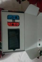 Nintendo Switch 32GB Standard cor  vermelho-néon, azul-néon e preto