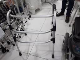 Cadeiras de rodas e andador