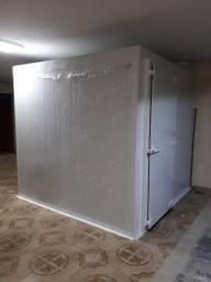 Câmara fria 2,30 x 2,50x 2,50 alt. Pronta entrega<br>